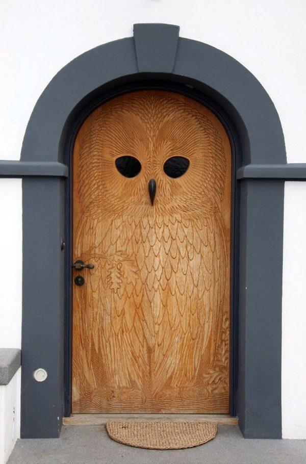 Эксклюзивная входная дверь из древесины