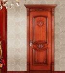 Двери межкомнатные с резьбой