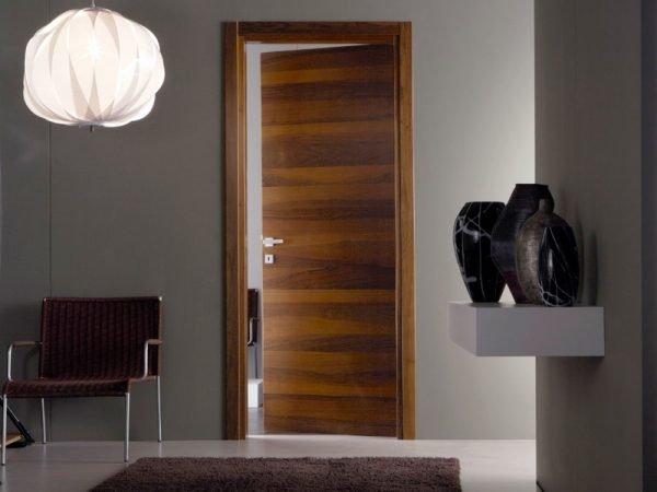 Вариант шпонированных дверей