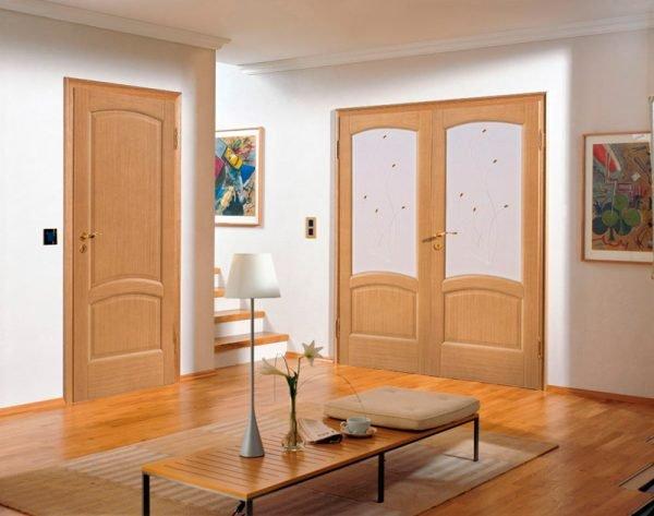 Распашные двери в квартире
