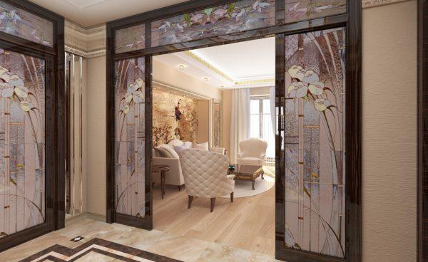 Межкомнатные двери в стиле модерн с витражами