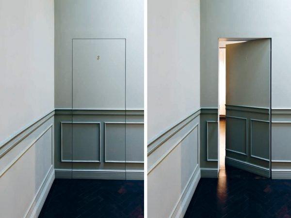 Скрытая дверь с имитацией цвета и фактуры стены