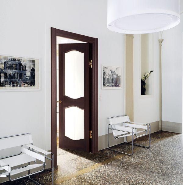 Двери Sofia