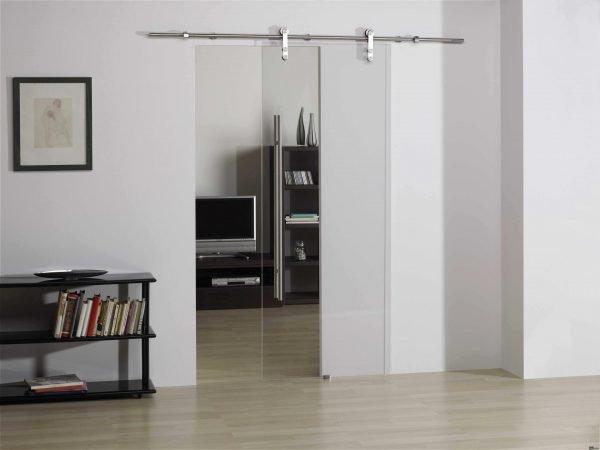 Роликовая сдвижная дверь из просветлённого стекла