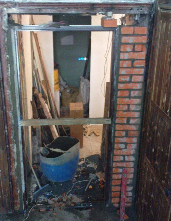 Сужение дверного проёма