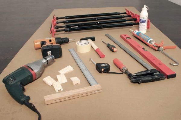 Инструменты для ремонта и регулировки входной двери