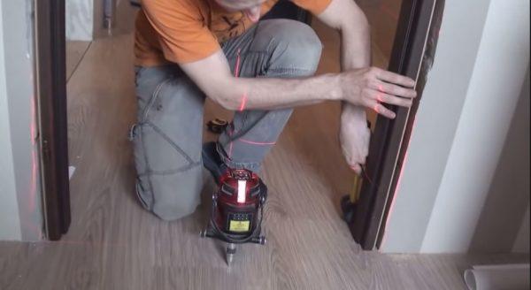 Порядок установки рамы в дверной проём