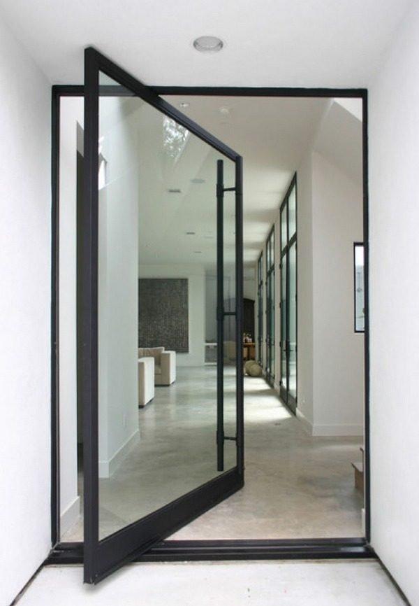 Маятниковая алюминиевая дверь