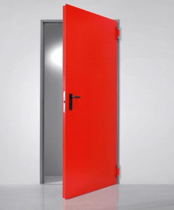 Одностворчатая металлическая дверь