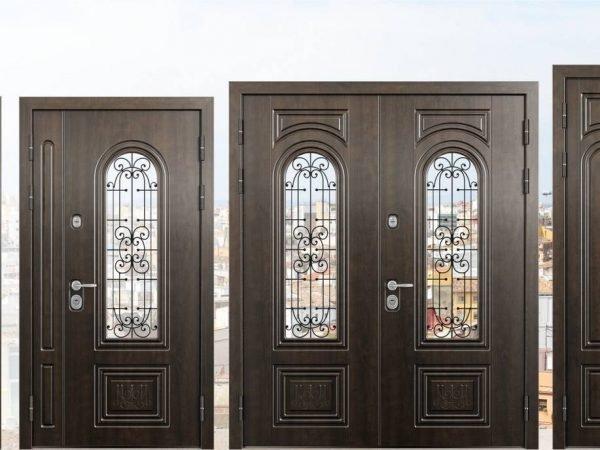 Модели металлических дверей разного размера