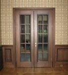 Деревянные межкомнатные двери с двумя створками