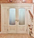 Двустворчатые деревянные межкомнатные двери