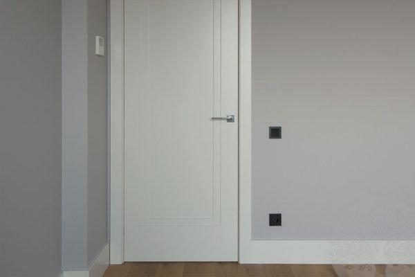 Светлая дверь