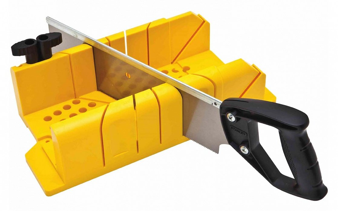 инструмент для резки углов плинтуса