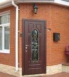 Распашная одностворчатая дверь