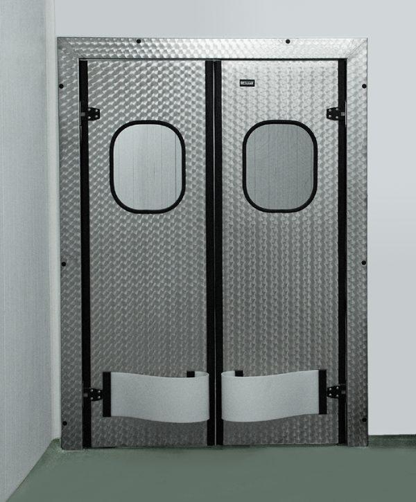 Металлические маятниковые двери