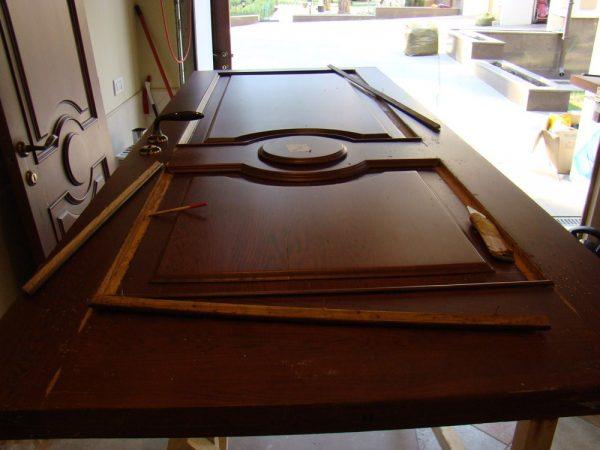 Отделка металлической двери с МДФ