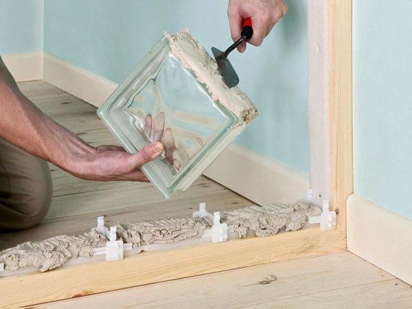 Укладка стеклоблока