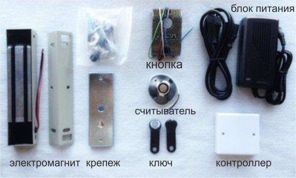 Комплектация электромагнитного замка с контроллером