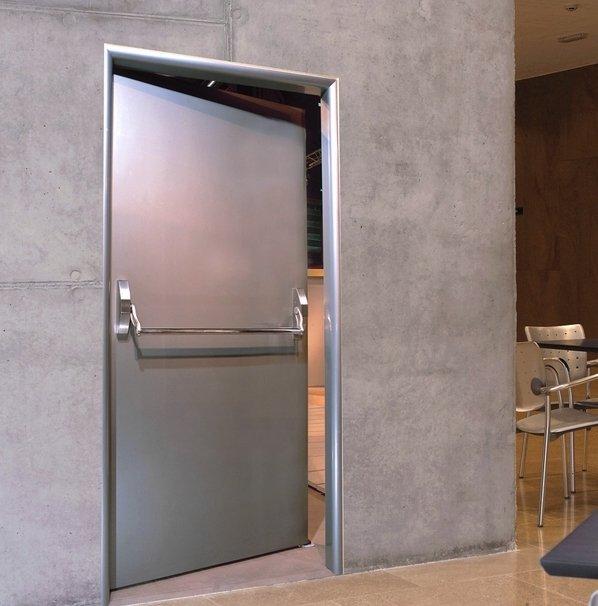 Противопожарные двери Torex в интерьере