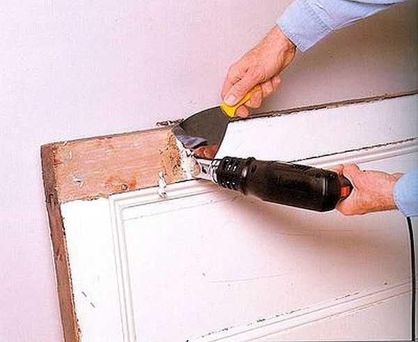 Процесс удаления старой краски