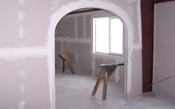 Оштукатуривание арки