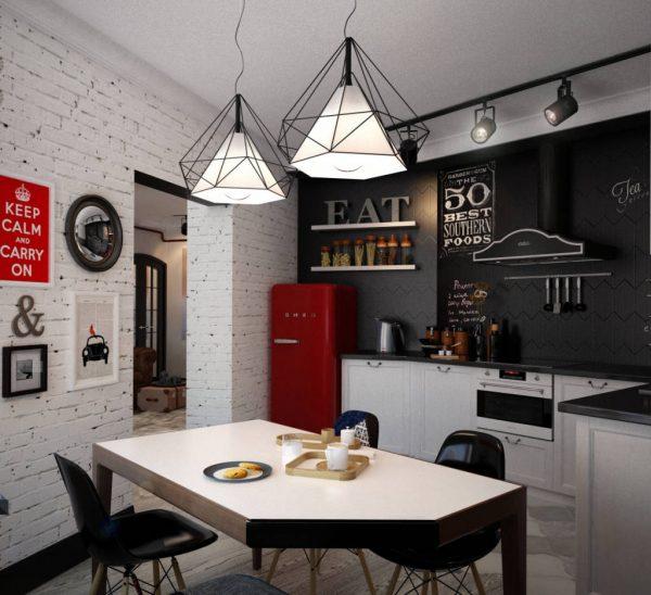 Две люстры над обеденным столом на кухне лофт