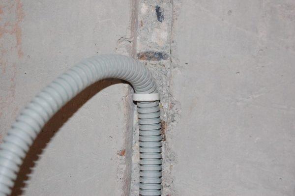 Фиксация провода
