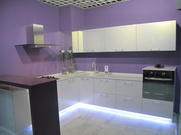 Подсветка кухонного гарнитура по периметру