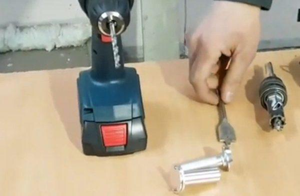 Инструменты для установки дверного глазка