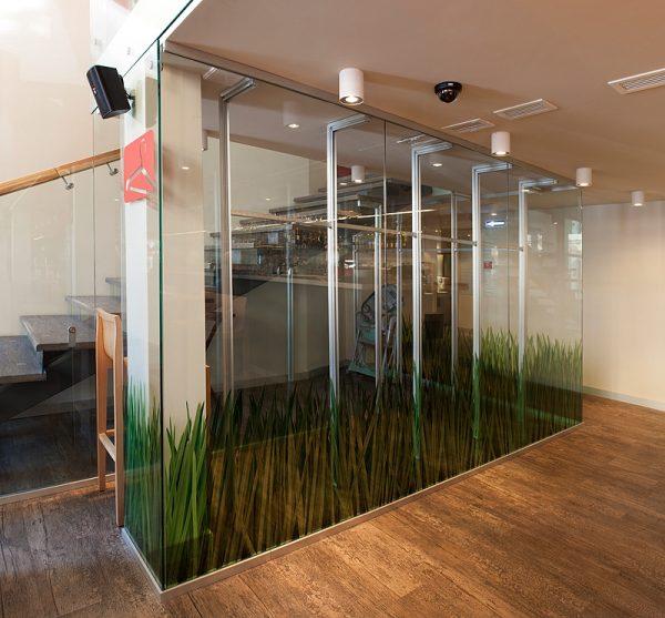 Мобильные перегородки из стекла