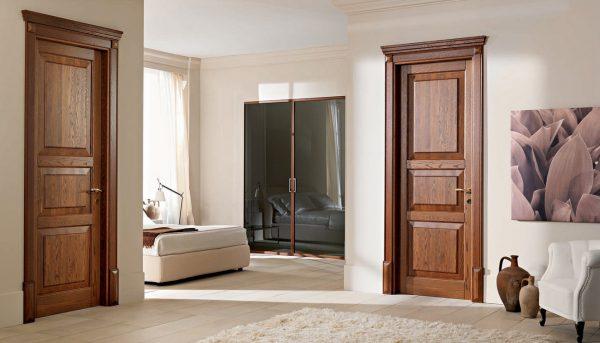 Накладка с внутренней стороны двери