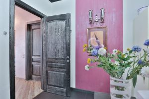 Патинированная дверь