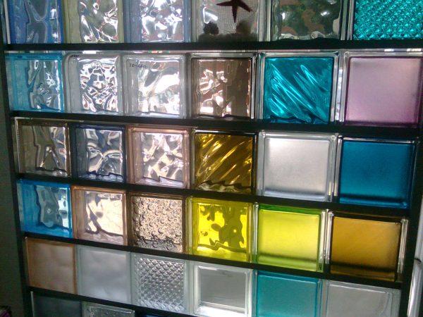 Перегородка из стеклоблоков