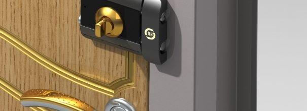 замок накладной для металлической двери как правильно