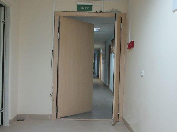 Двухсторонние двери