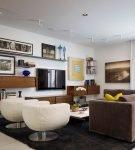 Телевизор как часть мебельно-декоративной композиции