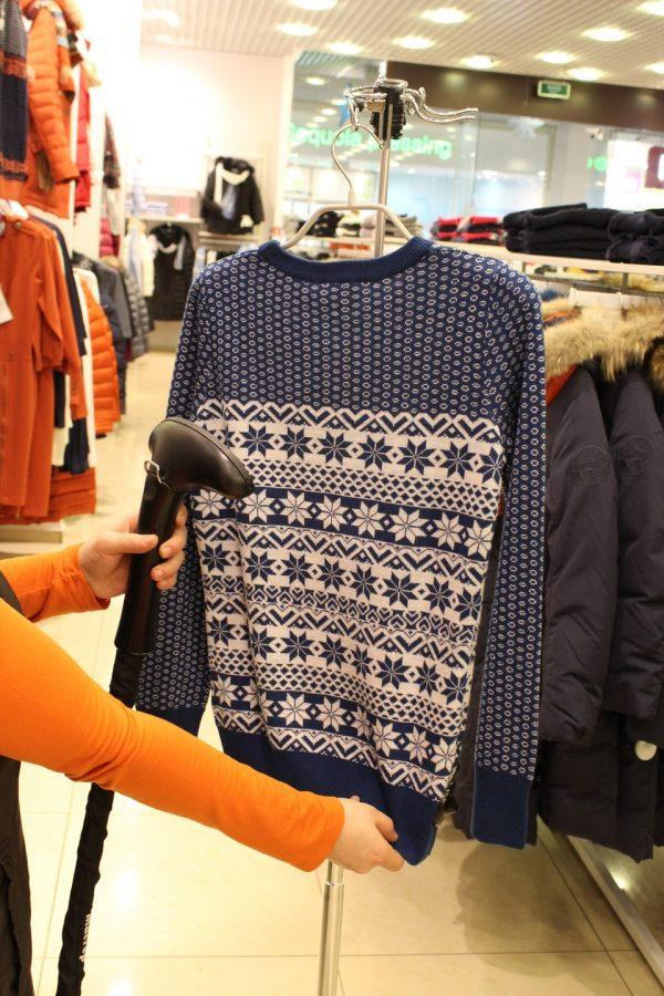 Отпаривание свитера