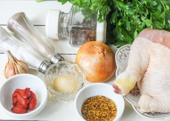 Продукты для куриного паштета с томатной заливкой