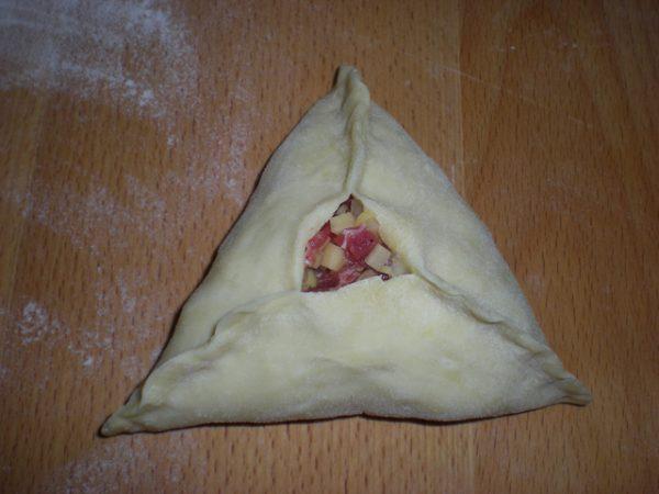 Заготовка для татарского пирожка