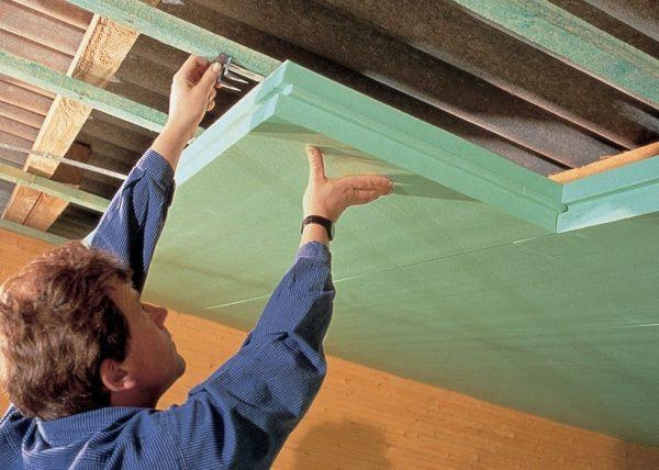 Монтаж утепления потолка из пенопласта
