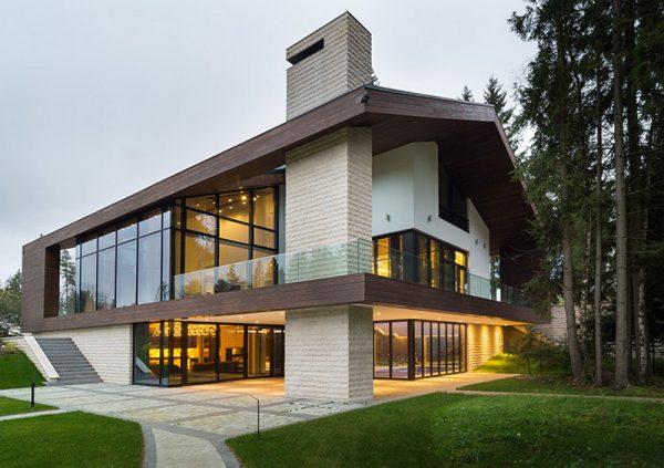Дом с красивой односкатной крышей