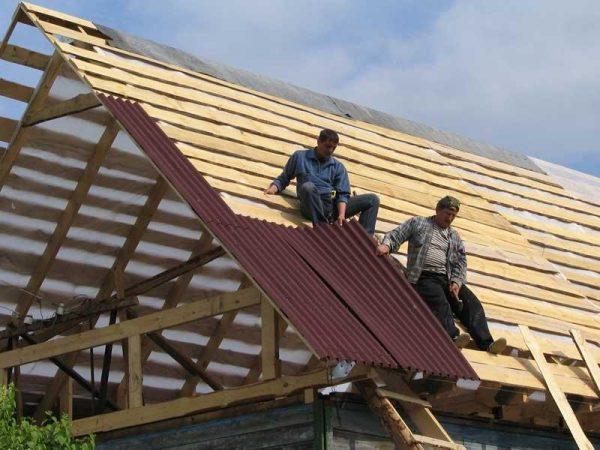 Последовательность установки листов ондулина на крышу