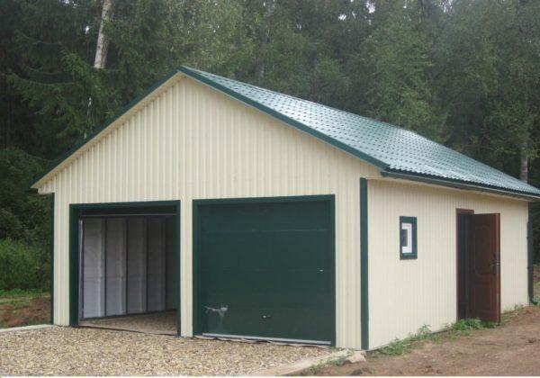 Крыша гаража из металлочерепицы