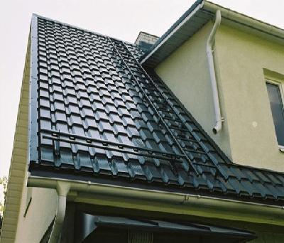 Крыша здания с металлочерепицей «Каскад»