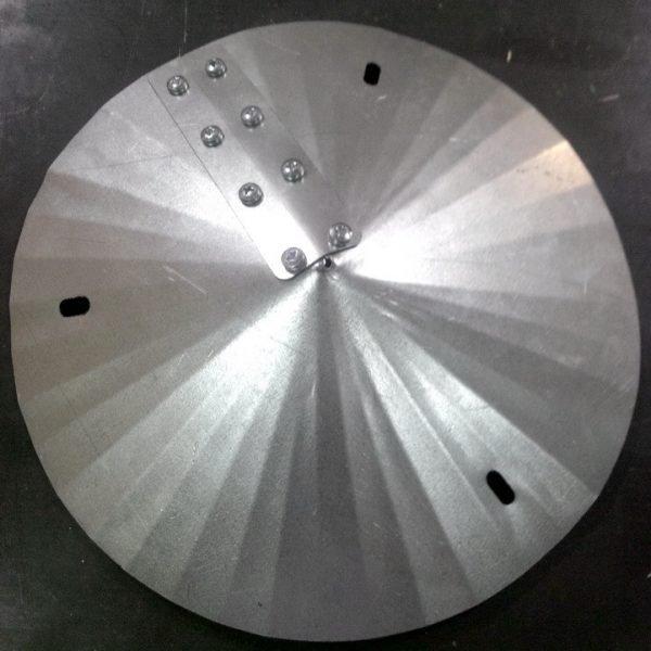 Крепление металлических частей дефлектора