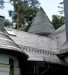 Многошипцовая крыша из сланцевой плитки