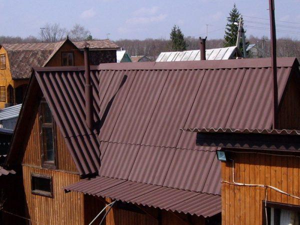 Конёк крыши из шифера
