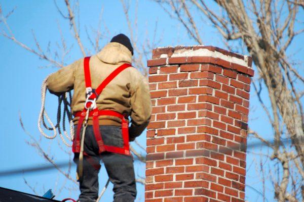 Меры безопасности при чистке дымохода