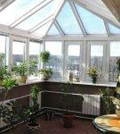 Зимний сад со стеклянной крышей